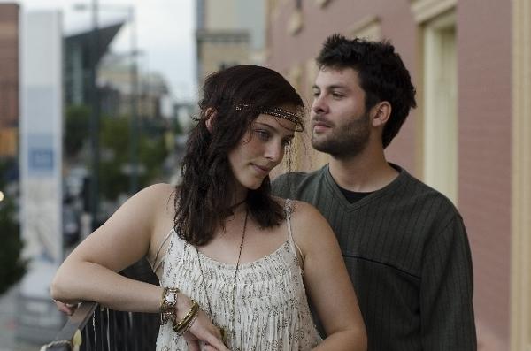 恋愛下手な男性とのデートでは、沈黙が増えることも?