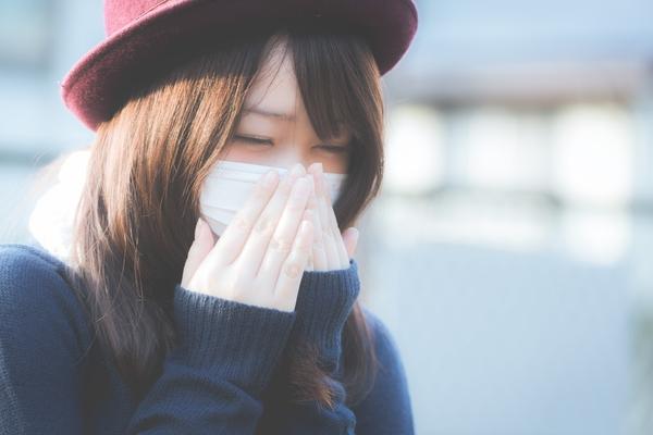 風邪ひいた……こんなとき、心配してくれる恋人がいたら。