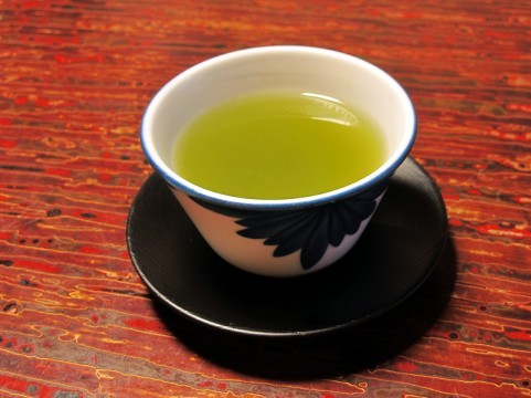 緑茶に含まれる『カテキン』には体に良い効能がたくさん!