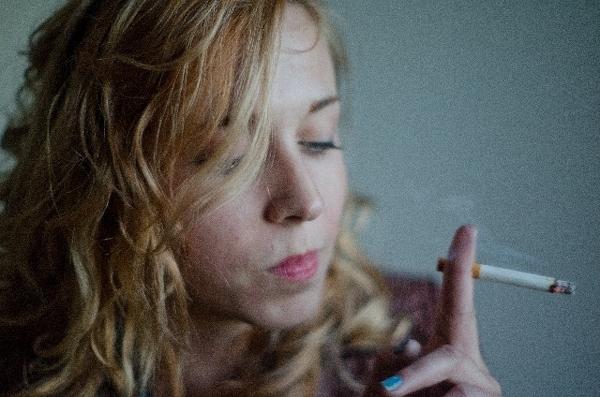 こっそり吸っているタバコも、すでにバレているかも?