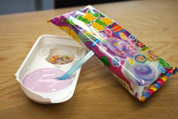練れば練るほど色が変わったサイバー菓子