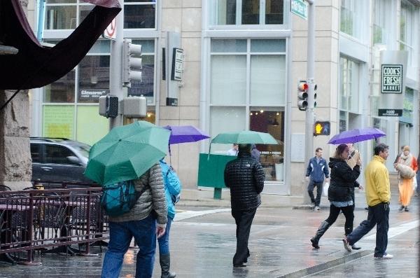 他人の傘にイラっとした経験
