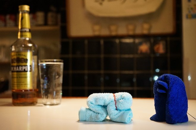 【特集】酒席で〝クスッ〟を誘う「大人のおしぼり芸」
